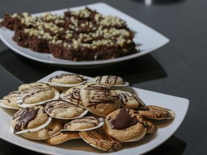 Cakes, cookies or biscuits